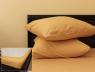 Комплект простыни на резинке с наволочками (160*200*25) бежевый
