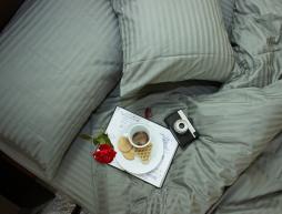Двоспальний набір постільної білизни 180*220 з Страйп Сатину №544402 KRISPOL™